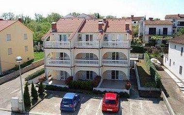 Chorvatsko - Apartmány 400-142 - Ostrov Krk / bez stravy, vlastní doprava, 13 nocí, 2 osoby