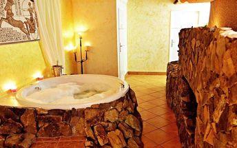 Privátní vířivka, sekt a vstup do bazénu či sauny