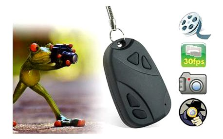 Špionská mikro kamera ve tvaru klíčenky od dálkového ovladače k autu