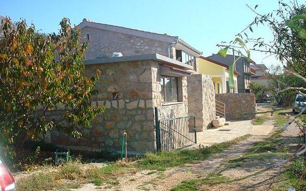 Chorvatsko - Apartmány 1350-444 - Riviéra Paklenica / bez stravy, vlastní doprava, 13 nocí, 3 osoby