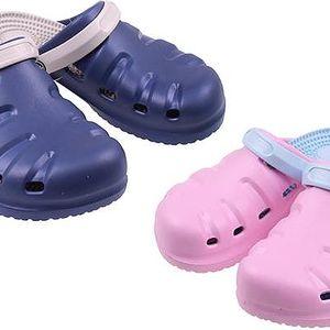 Gumové pantofle na léto v různých veselých barvách