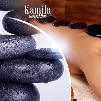 Masáž teplými nebo chladivými lávovými kameny či peelingovými kamínky v délce až 90 minut