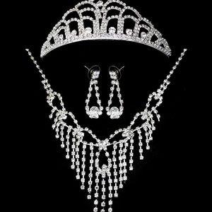 Štrasová sada Fringe náhrdelník, náušnice a korunka