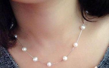 Jemný náhrdelník s umělými perličkami