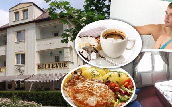 Zamiřte za oddychem do Máchova kraje ve dvou na 3 nebo 5 dní. Hotel Bellevue pro vás sestavil báječné menu - lahodná polopenze, míchaný nápoj, vířivka, odpolední káva a dezert. Ideální oblast pro cyklistiku a toulky přírodou.