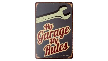 Cedulka s nápisem My Garage My Rules