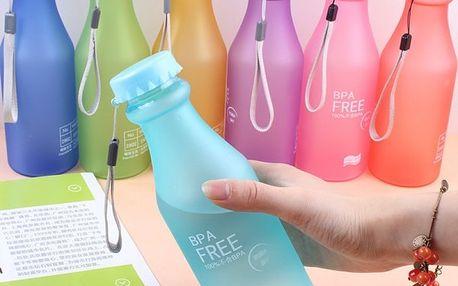 Plastová lahev na nápoje v mnoha barvách - 550 ml
