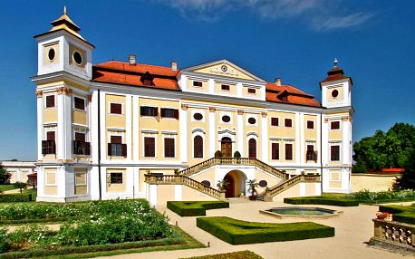 Víkend na Slovácku: Koupaliště, polopenze i víno