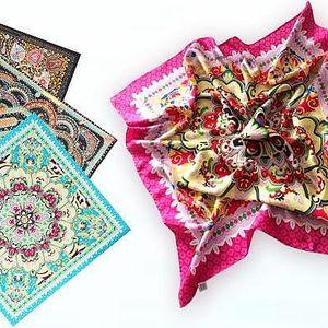 Ručně dělané perské hedvábné šátky s různými motivy v limitované edici