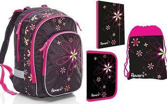 Školní dívčí sada s květinovým motivem: batoh, penál, sáček na přezůvky a desky