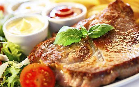 3 druhy steaků, omáčka a těstovinový salátek pro dva, 600g nejlepšího masíčka v Hradci Králové.