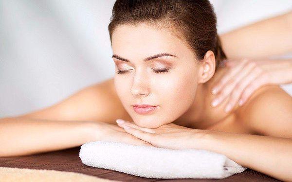 Fyzioterapeutická masáž zad s protažením