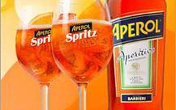 Osvěžující Aperol Spritz 2x za nejlepší cenu 79 Kč! Užijte si skvělou zábavu v Šejkr baru s dobrým koktejlem v ruce.