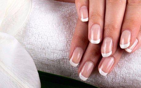CND manikúra včetně keratinizace nehtů a zábalu