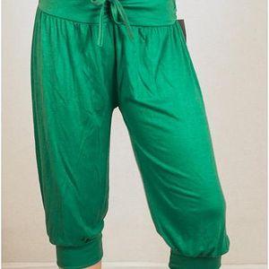 Letní italské harémové kalhoty v tříčtvrteční délce - VÝPRODEJ