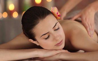 Intenzivní uvolňující masáž zad a páteře + zábal