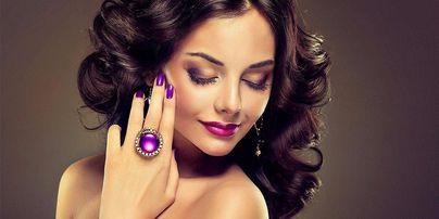 Anežka Lachová - cosmetics & make-up artist