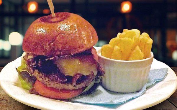 Burger ze špičkového hovězího Black Angus