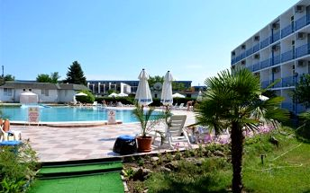 Bulharsko - Slunečné Pobřeží na 11 dní, all inclusive, polopenze nebo snídaně s dopravou letecky z Košic