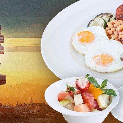 Snídaně v oblacích a výhled z observatoře