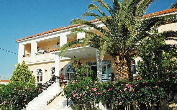Řecko - Zakynthos na 8 až 15 dní, snídaně s dopravou letecky 60 m od pláže