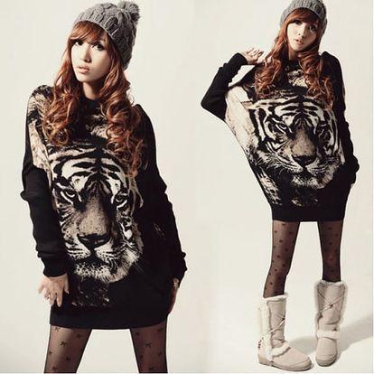 Dlouhý dámský svetr s potiskem Tiger - VÝPRODEJ