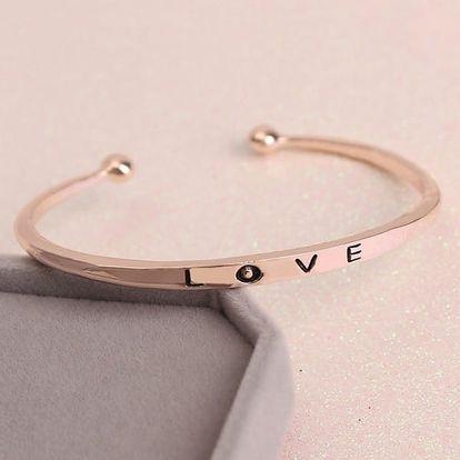 Dámský minimalistický náramek s nápisem LOVE