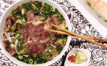 Asijské menu: Hlavní chod a tradiční závitek