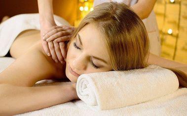 Hodinové hýčkání olejovou masáží - záda a nohy