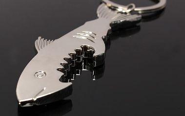 Praktický otvírák na klíče ve tvaru žraloka - dodání do 2 dnů