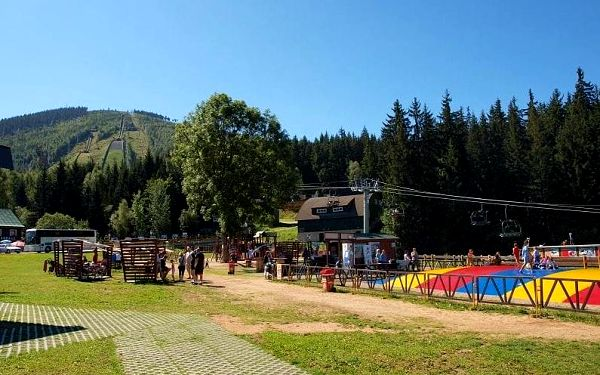 Krkonoše - Harrachov na podzim: 4 nebo 5 dní pro dva s polopenzí, bazénem, kávou a půjčením kol3
