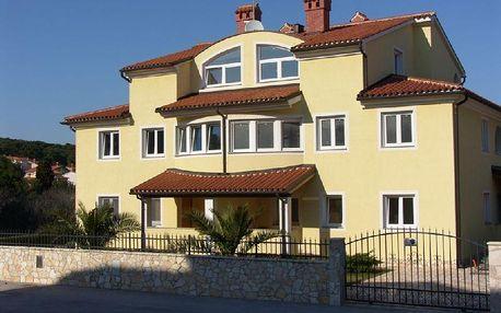 Chorvatsko - Apartmány Selena 1 - Riviéra Pula / bez stravy, vlastní doprava, 14 nocí, 5 osob