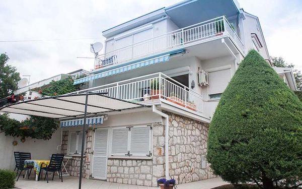 Chorvatsko - Apartmány Nensi - Riviéra Novi Vinodolski / bez stravy, vlastní doprava, 13 nocí, 2 osoby