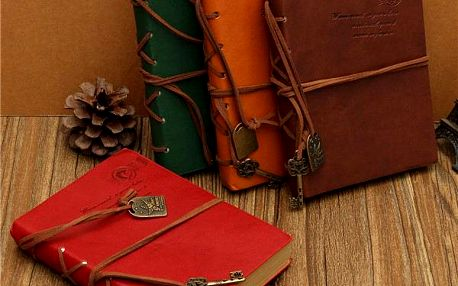 Vintage zápisník s dekorací klíče