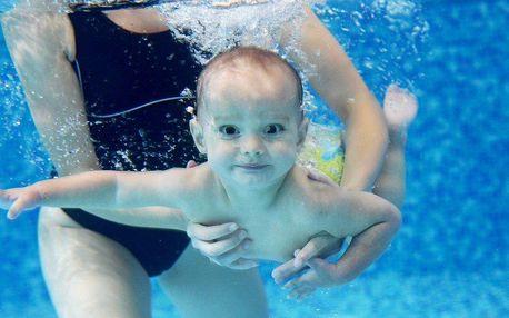 Lekce plavání pro děti od 6 měsíců do 4 let