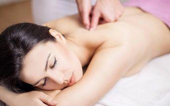 Relaxační gerániový masážní balíček