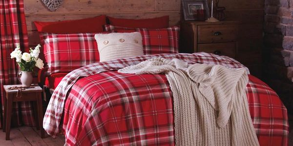 Povlečení Catherine Lansfield Kelso Red 135x200 cm