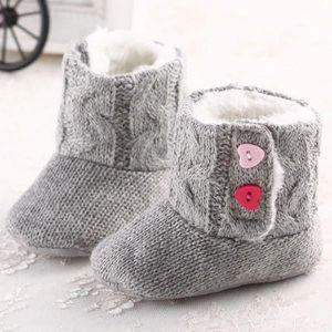 Dětské zimní papučky s protiskluzovou podrážkou