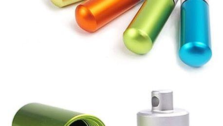Voděodolné pouzdro na léky v podobě klíčenky