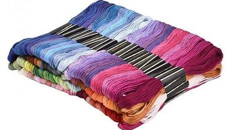Velká sada barevných bavlnek - 150 kusů