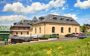 3 až 6denní pobyt pro 2 osoby v hotelu Praha v Božím Daru s polopenzí