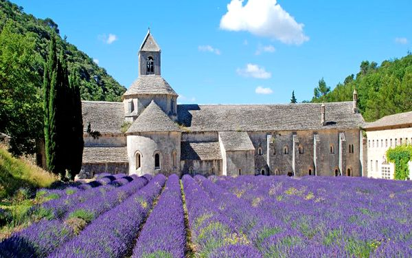 Provence a Monako na 5 dní se snídaní a koupáním pro JEDNOHO