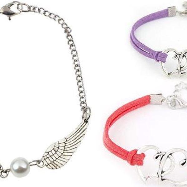 Romantický náramek s perlou a křídly nebo náramek se srdíčky v několika barvách