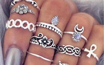 Sada vintage prstýnků ve stříbrné barvě - 10 kusů