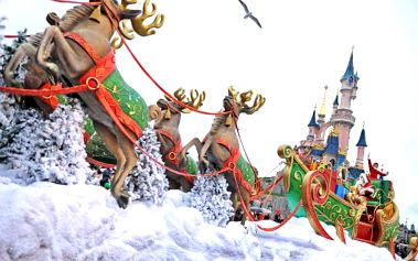 Adventní Paříž a Disneyland 8-11/12 z Prahy/Brna: 4denní zájezd s 1 nocí se snídaní pro 1 osobu
