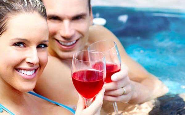 Relax na břehu Lipna i s wellness pro dva!