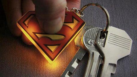 Svítící klíčenka pro hrdiny Superman
