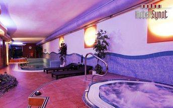 Slovácko s neomezeným bazénem a whirlpoolem