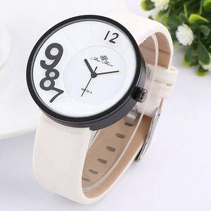 Extravagantní hodinky pánské/dámské různé barvy - bílá - dodání do 2 dnů