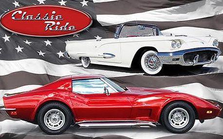 Za volantem sporťáku Corvette Stingray 1973 nebo legendárního kabrioletu Ford Thunderbird 1959